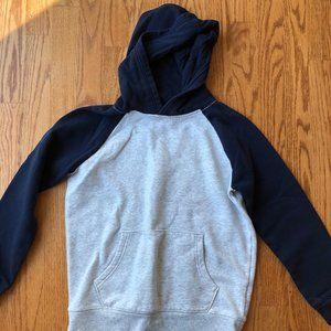 GUC Old Navy grey/navy sweatshirt boys size 8
